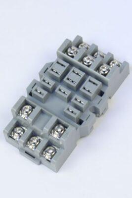 sr3b-05-relay-socket-1